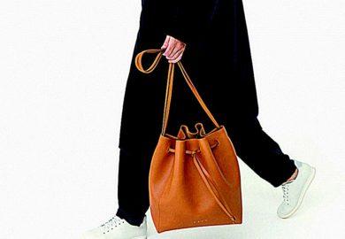 La main dans le sac!