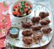 Brochettes de veau façon kefta, sauce chermoula